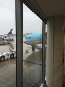 小雨の中搭乗です。