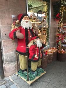 *クリスマスグッズは人気です!