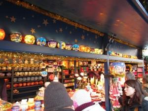 クリスマスマーケットの屋台
