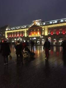 パリに到着しました。